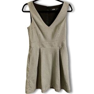 ICONE SLEEVLESS LINED DAY DRESS W/POCKETS SZ SMALL
